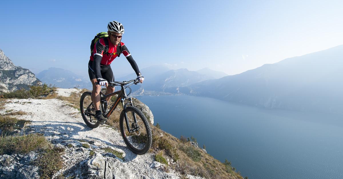 Mountain Bike En Barranco