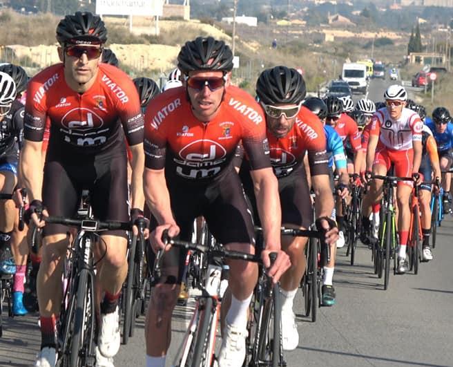 Equipo ciclista Suministros Dama