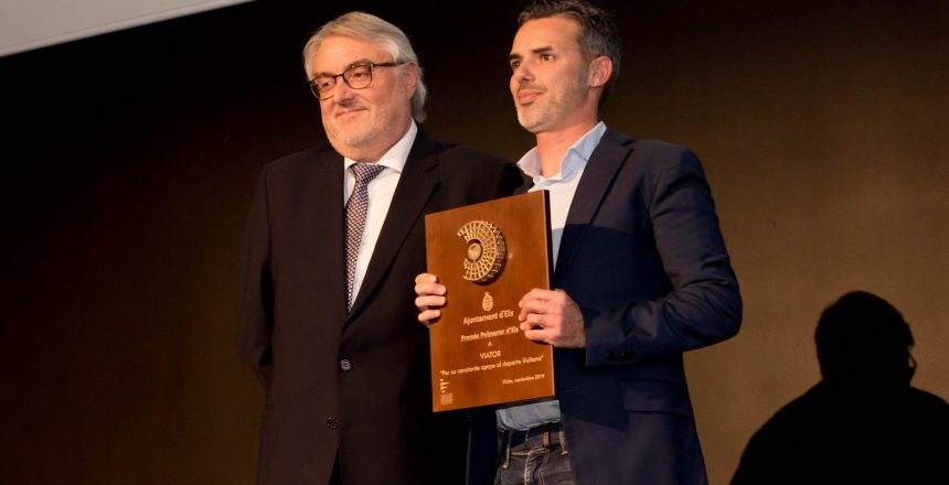 Viator recibe el premio Palmerar d'Elx 2019 1